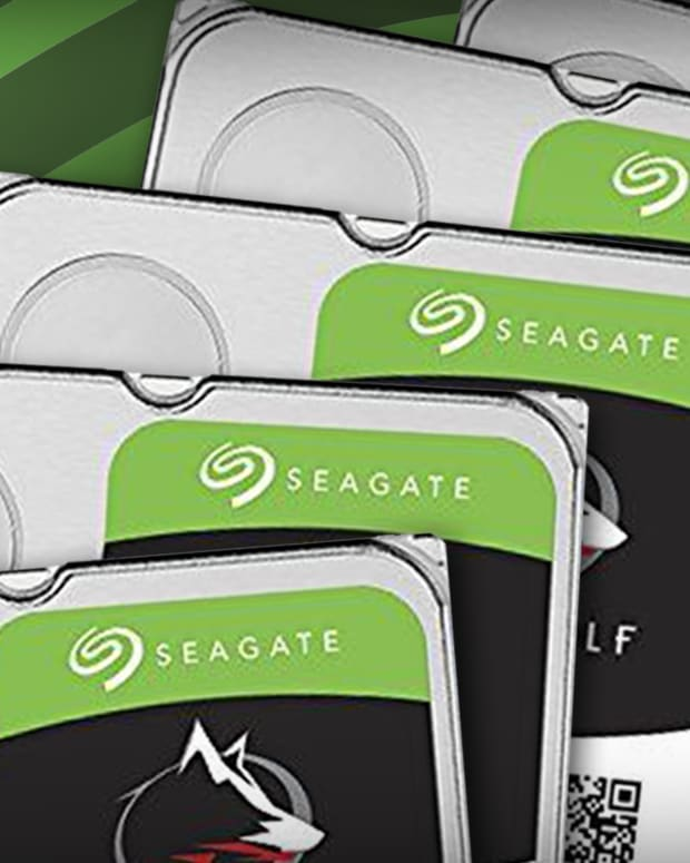 Seagate Technology Slips After Earnings Slide