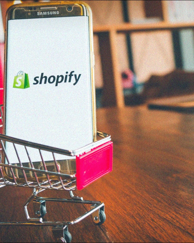 Shopify's Surprise Third-Quarter Loss Jolts Investors