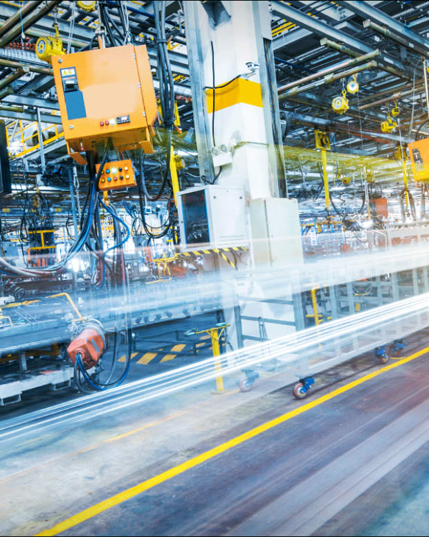 ISM Manufacturing Index Slumps to Decade Low as Trade War Hits US Factories