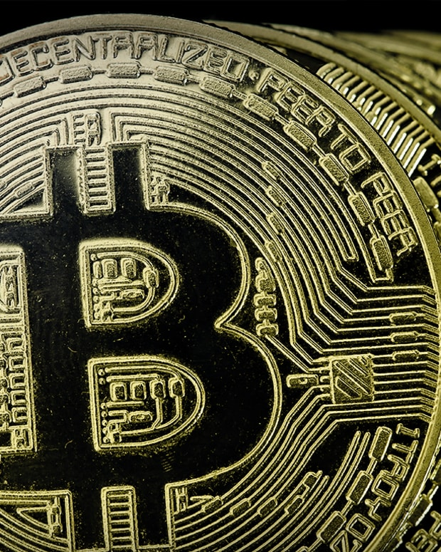 Stuff you can buy with bitcoins stock define over under betting