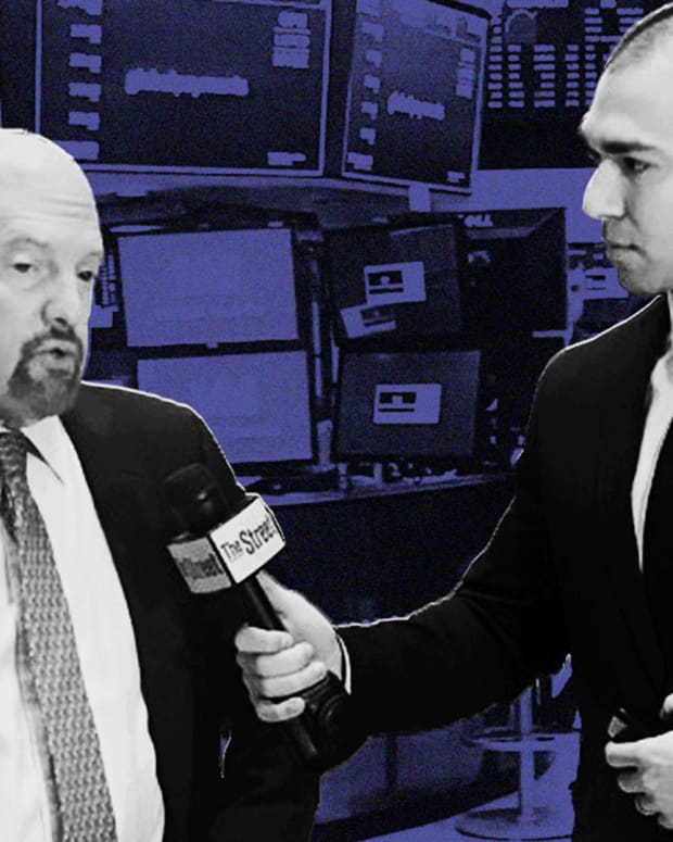 Jim Cramer Breaks Down Nonfarm Payrolls, the Fed and Lululemon's Earnings