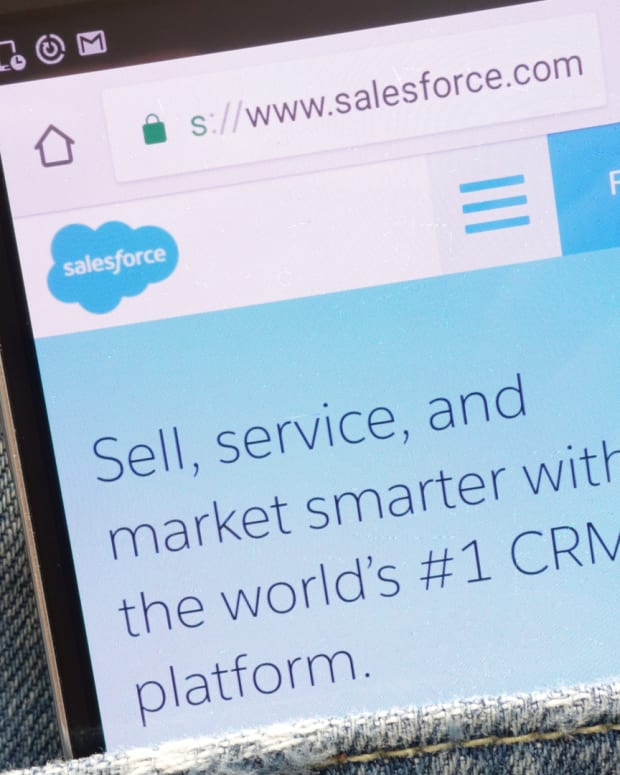 Two Key Things to Watch When Salesforce Reports Earnings