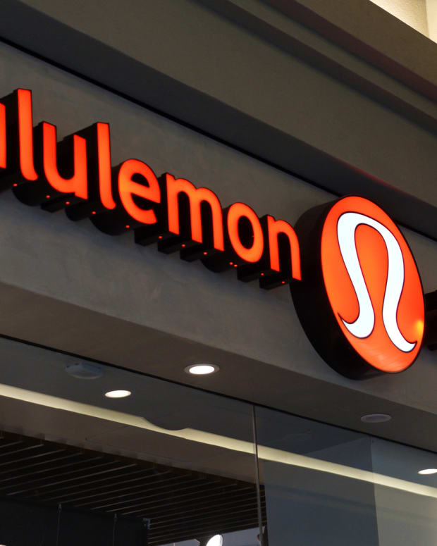 Jim Cramer: How Public Workouts Boost Lululemon's Brand