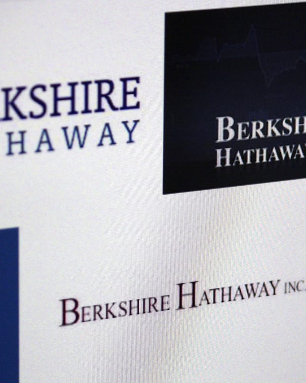 Berkshire Hathaway Preview: Warren Buffett's Big Tech and M&A Strategy -- ICYMI