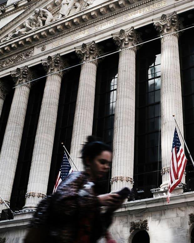 Jim Cramer Urges Investors to Look at Their Portfolios
