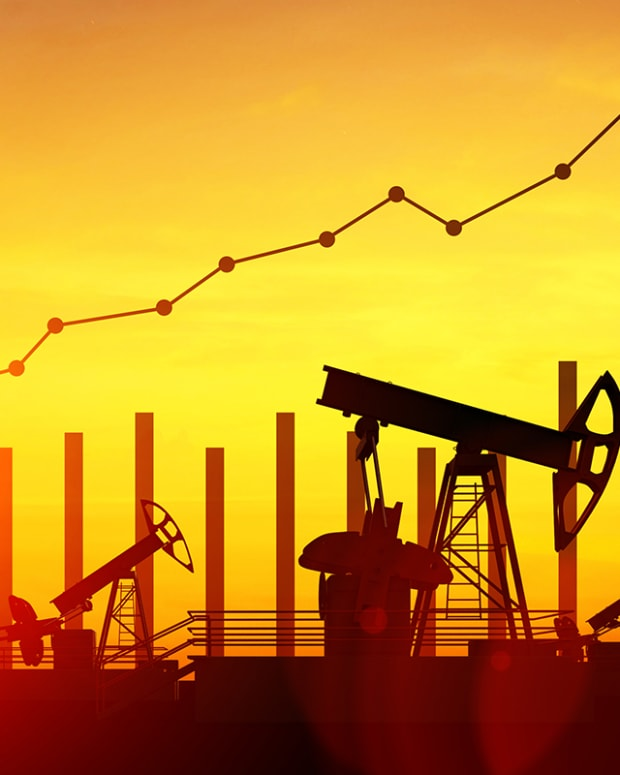 How Will Oil Play Out In the Market? This Expert Weighs In