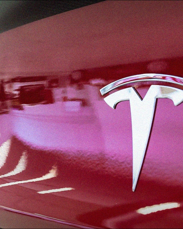Why Tesla May Be Driving to Nowhere Fast