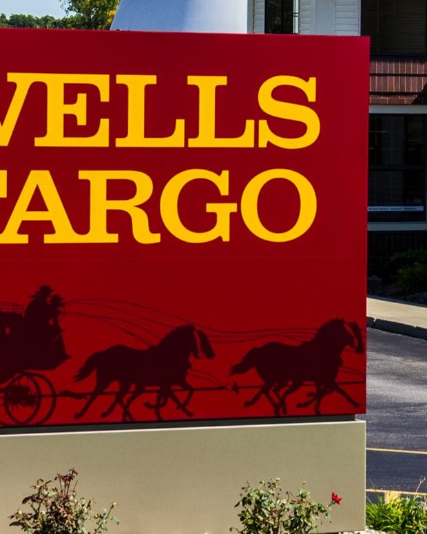 Jim Cramer: New Wells Fargo CEO Was an 'Unbelievable Choice'