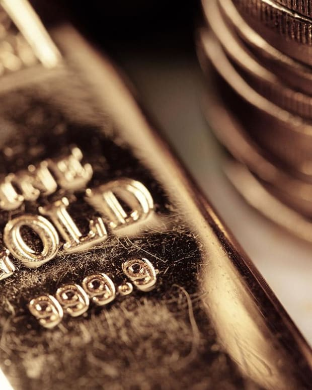 This Is the Optimal Amount of Gold to Hold in a Portfolio, According to Research