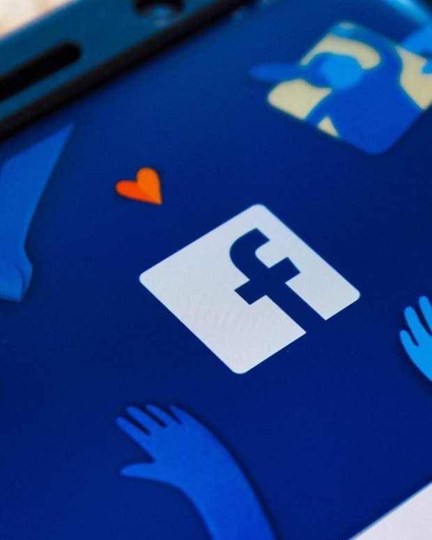 Jim Cramer: Why Facebook Needs an Independent Committee