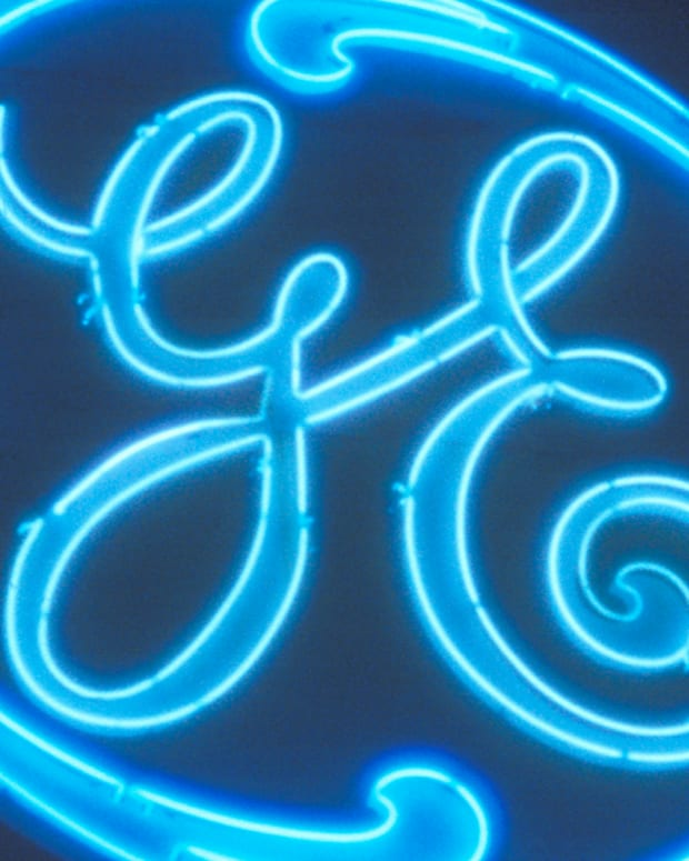Jim Cramer: Why Investors Shouldn't Be Chomping at the Bit to Own GE, Yet