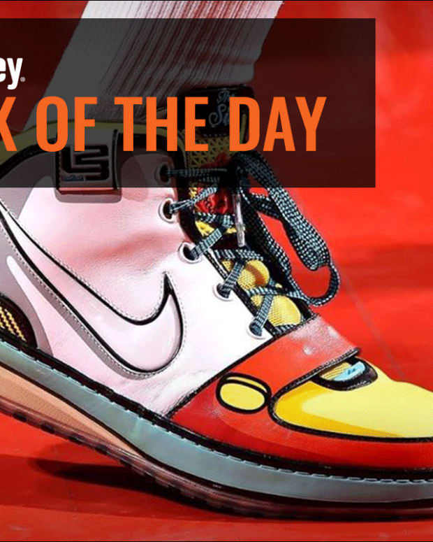 Jim Cramer Previews Nike Earnings