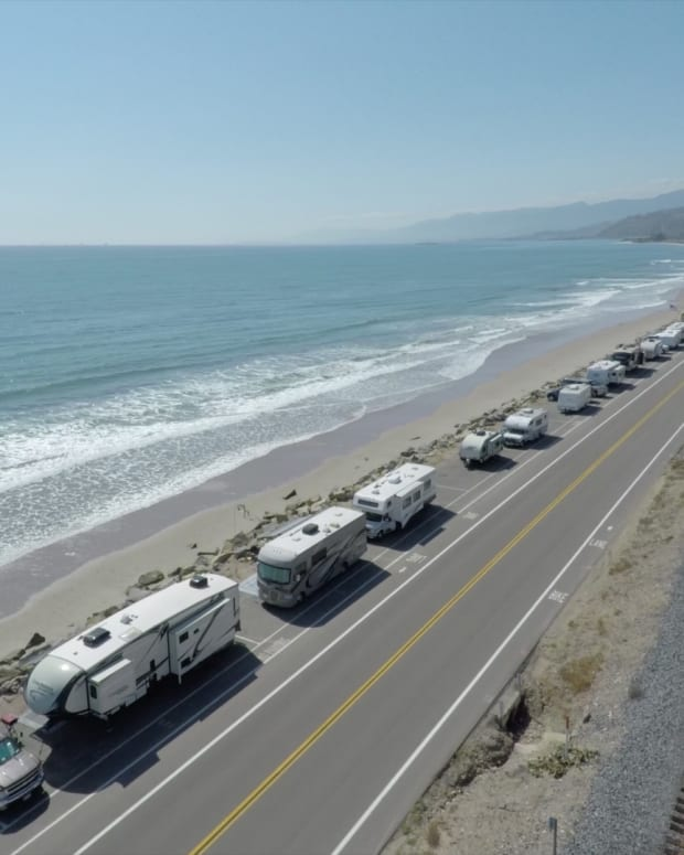 Memorial Day Weekend: Outdoorsy Reveals the Best RV Camping Spots