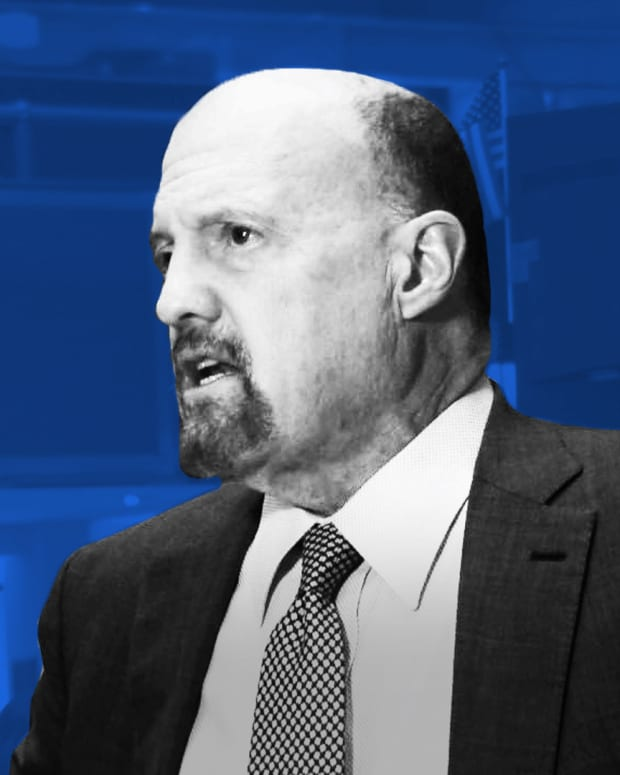 Replay: Jim Cramer's Thoughts on Apple, PepsiCo's Earnings and the Markets