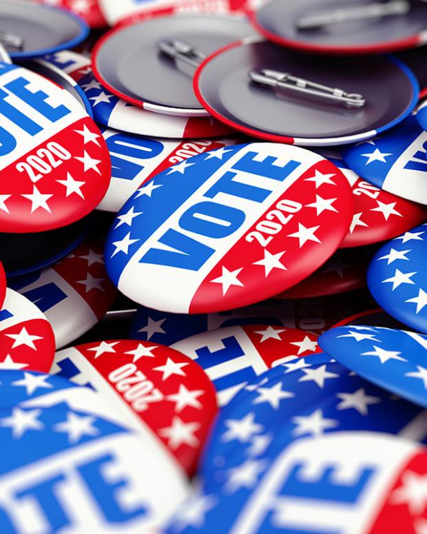 Democratic Candidates Take Aim at Wall Street
