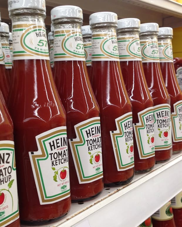 Don't Fall Behind - 'Ketchup' With the History of Kraft Heinz