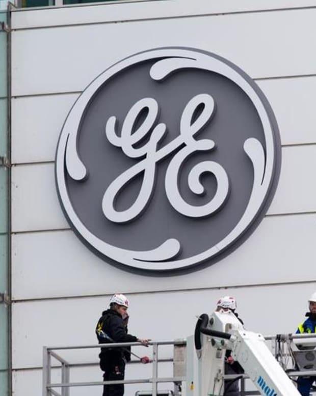 Market Rewards Decisiveness: GE, Tesla and the New NAFTA