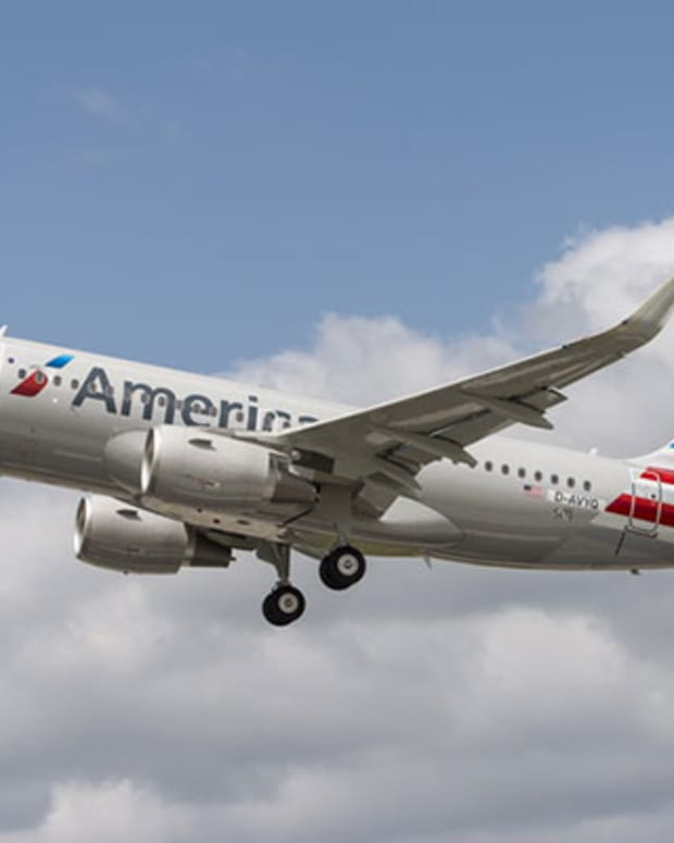 American Air Reaches Envoy Deal, Expects Flat Traffic Numbers