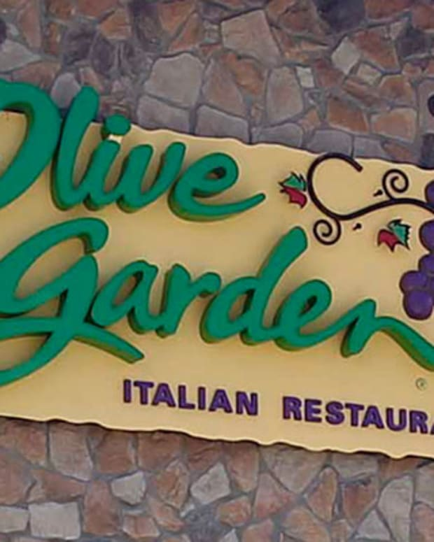 Olive Garden's Never-Ending Pasta Pass Generates Black Market Mania