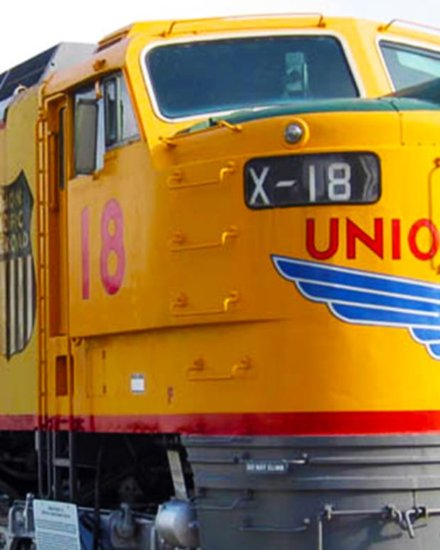 Jim Cramer Says Buy Union Pacific as Mexican Shipments Increase