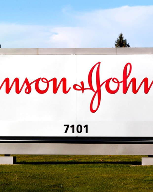 Stocks Open Higher on Positive Earnings from J&J, Coca-Cola