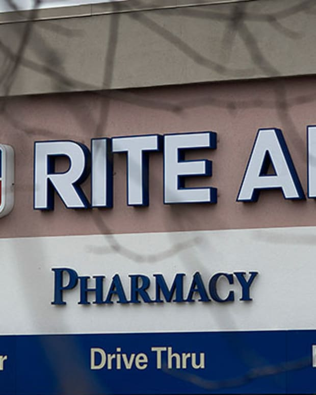 Jim Cramer: Rite Aid Earnings Are 'Beautiful,' Dunkin Donuts Has Issues