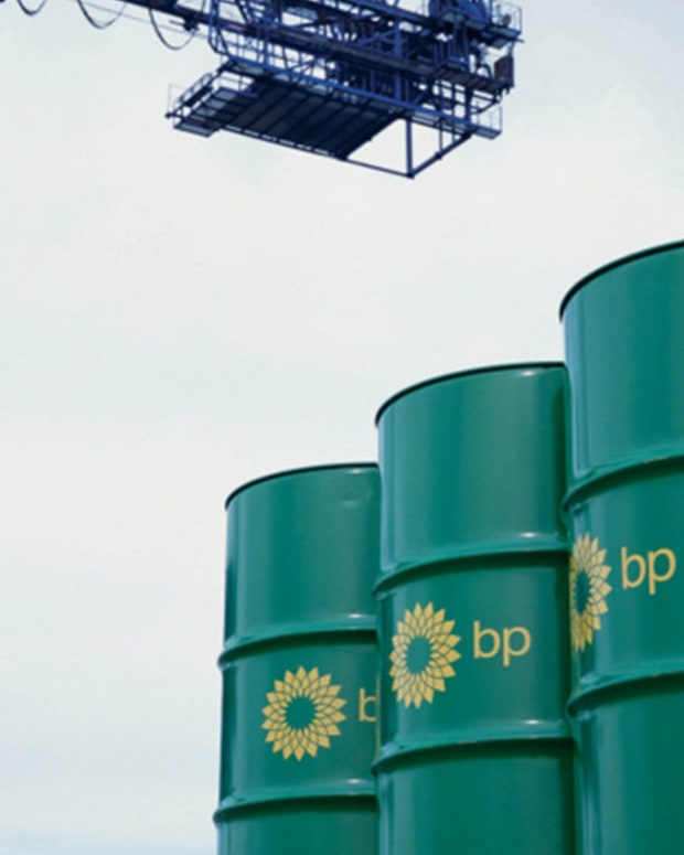 BP Posts Loss Amid Oil Declines, But Underlying Profit Tops Estimates