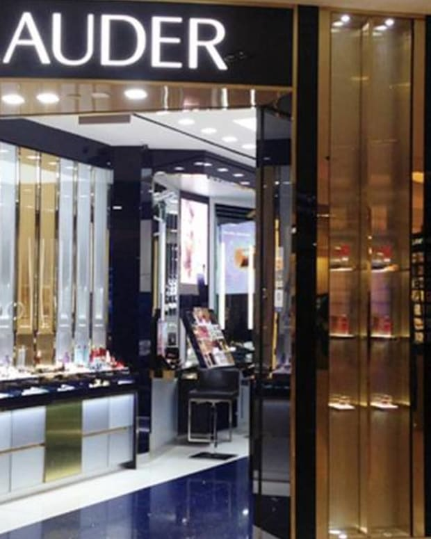Estee Lauder Says Don't Just Think Pink - Tweet About It