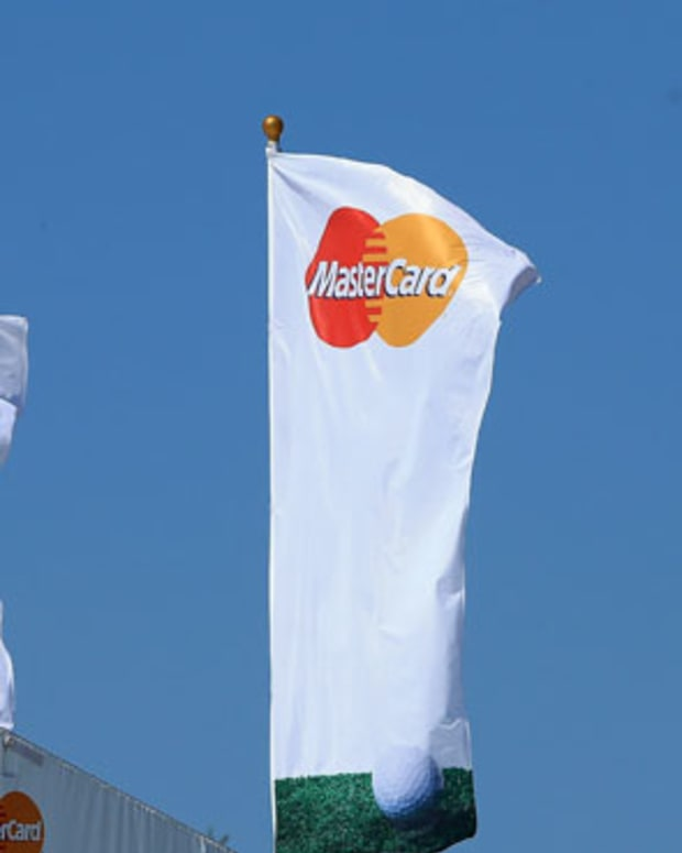 Why It Pays to Hold MasterCard When It Reports 4Q Earnings