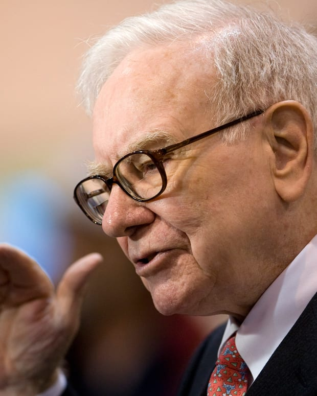Warren Buffett Dishes on IBM, Deere, and Heading Berkshire Hathaway for 50 Years