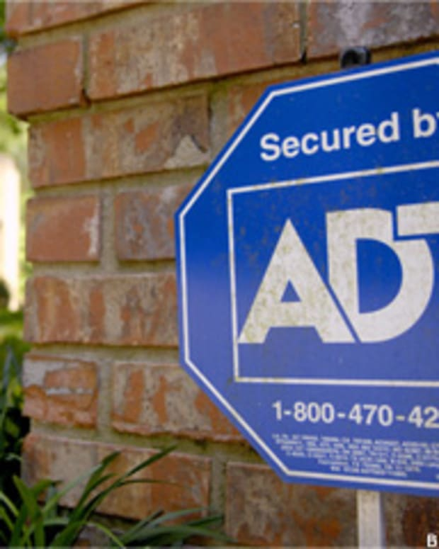 ADT: a 'Safe' Housing Bet, With a Hint of Apple's iPhone, Buffett