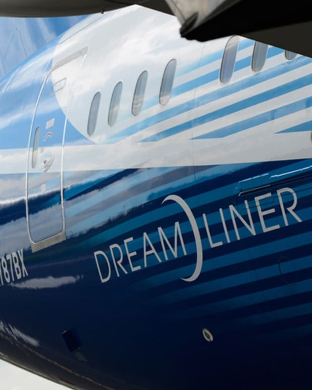 Trending Now: Boeing Has Successful Test Flight of Dreamliner