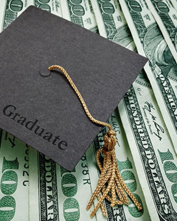 Student Loans at $1.3 Trillion Shove Family Debt Toward Pre-Crisis Peak