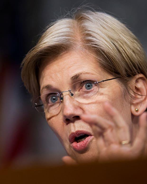 Warren Fears Trump's Labor Department May Neglect Wells Fargo Probe