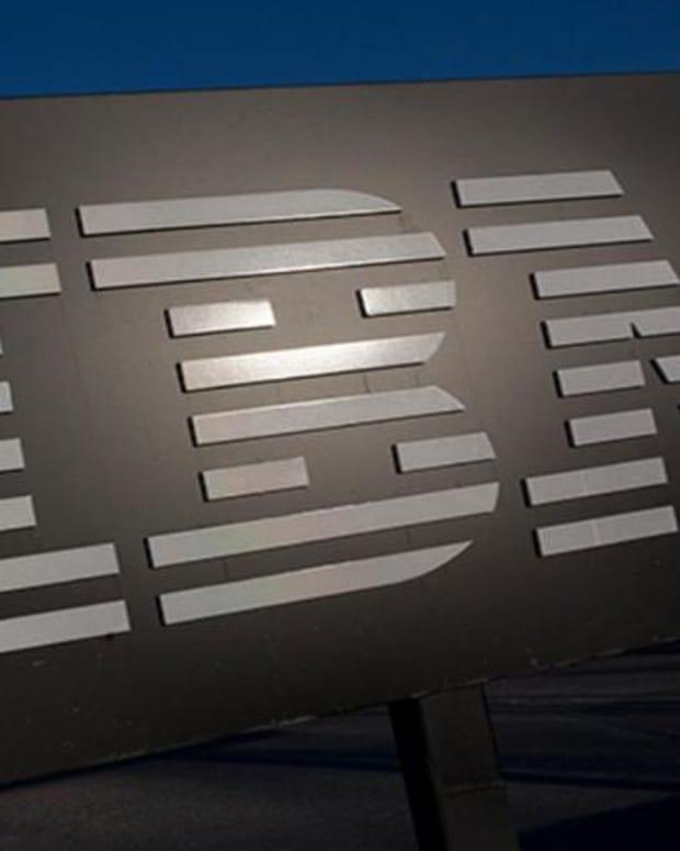 Jim Cramer Thinks IBM Should go on a Shopping Spree