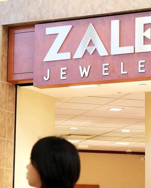 Signet Jewelers Shares Shine Bright