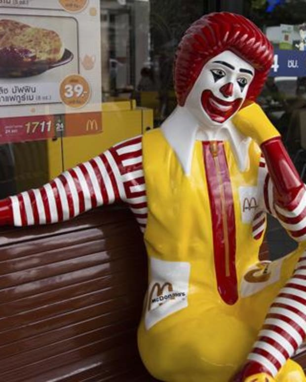 McDonald's Overtenured Board Pressured to Add Franchisee Director