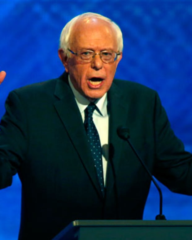 This Organization Is Changing the Political Fundraising Game for Bernie Sanders, $35 at a Time