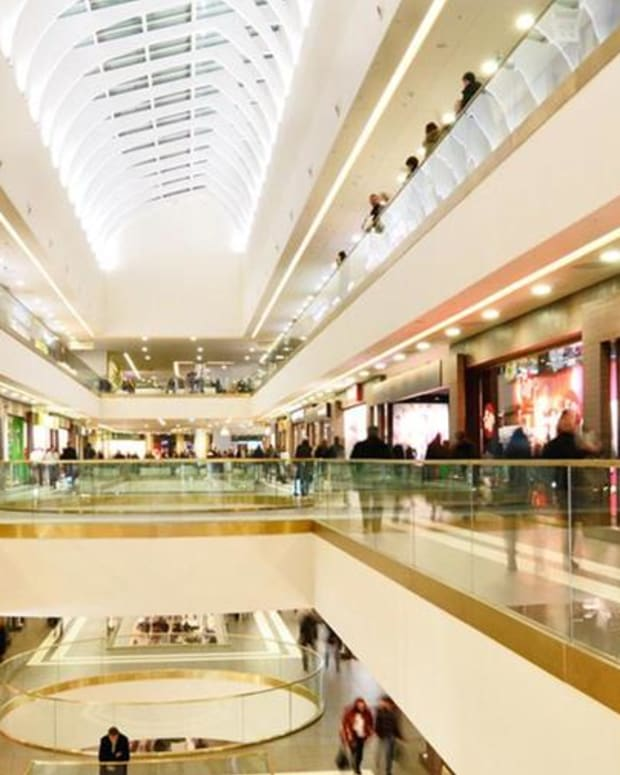 Jim Cramer: The Mall Is Not Dead