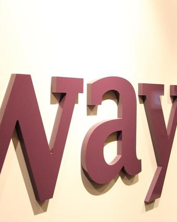 Wayfair Beats Q3 Estimates, But Lowers Guidance