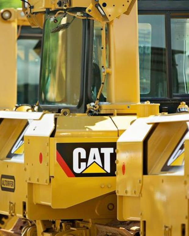 Jim Cramer Explains How Caterpillar May Turn Out to be a 'Buy'