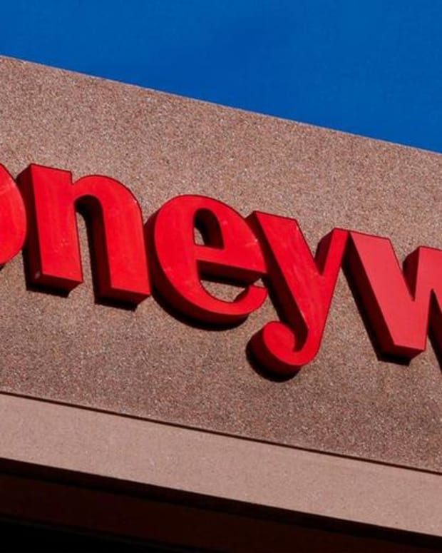 Honeywell Cuts 2016 Guidance