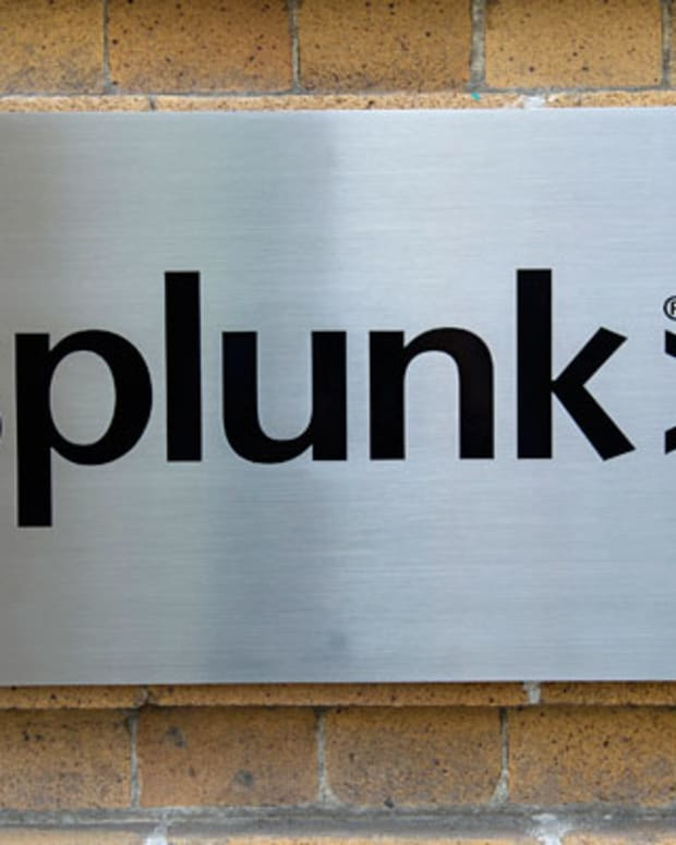 Splunk Remains a Risky Bet Despite Its Fast Revenue Growth