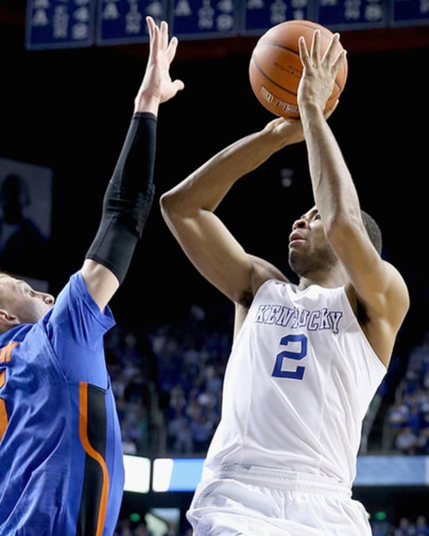Business of Brackets: Fans Bet on Kentucky, Duke in March Madness