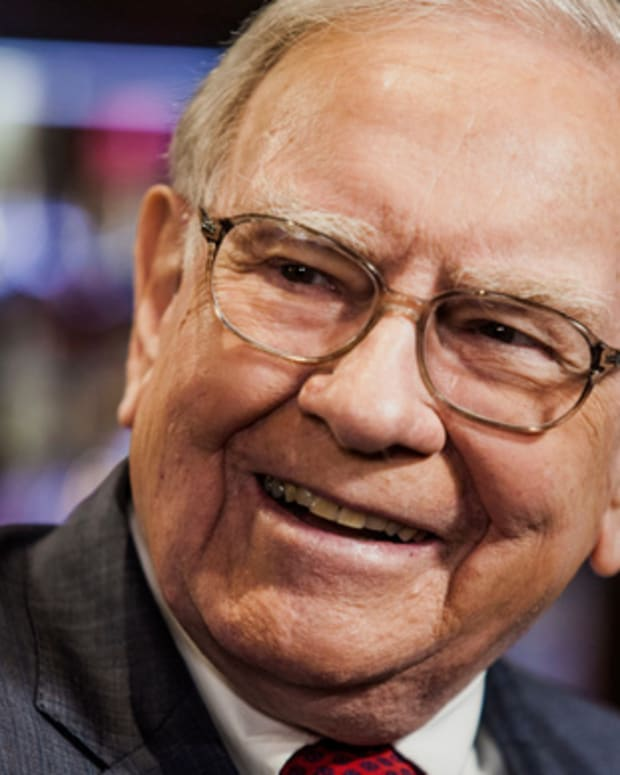 Warren Buffet Denies Speaking to Wells Fargo (WFC) Board