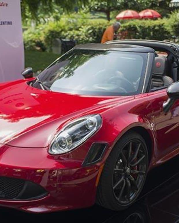 2. Alfa-Romeo 4C