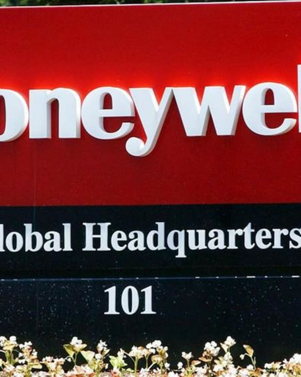 Honeywell's Split-Up Is Very Smart, Jim Cramer Says