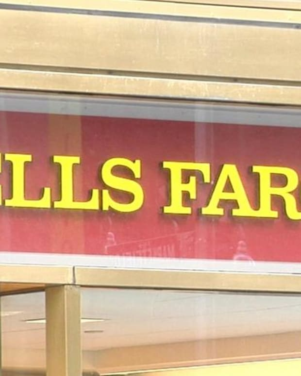 Jim Cramer: Wells Fargo Is a Beneficiary of Higher Rates