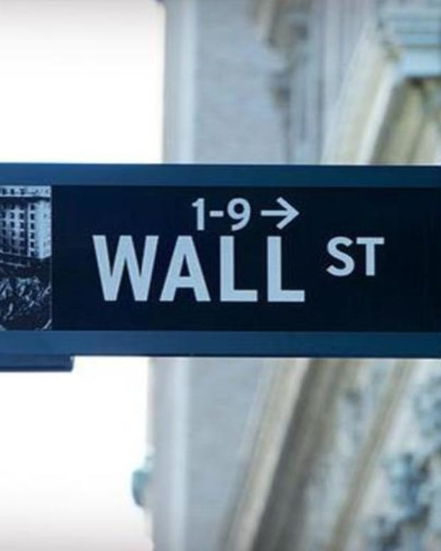 Wake Up Wall Street: The Ongoing Political Scandal in the White House Sends Global Markets Lower