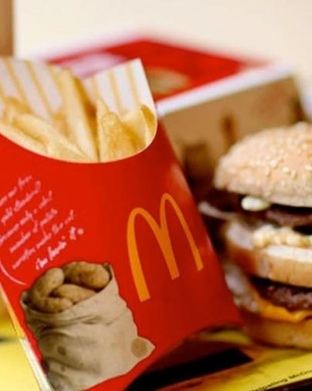Video: Jim Cramer Reacts to 'Extraordinary Numbers' From McDonald's